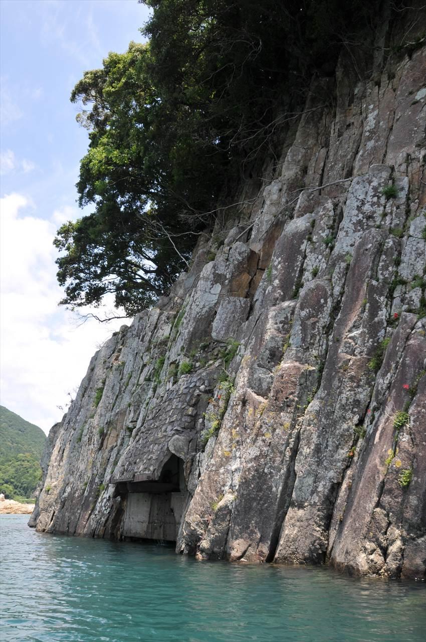 熊野川の畳石