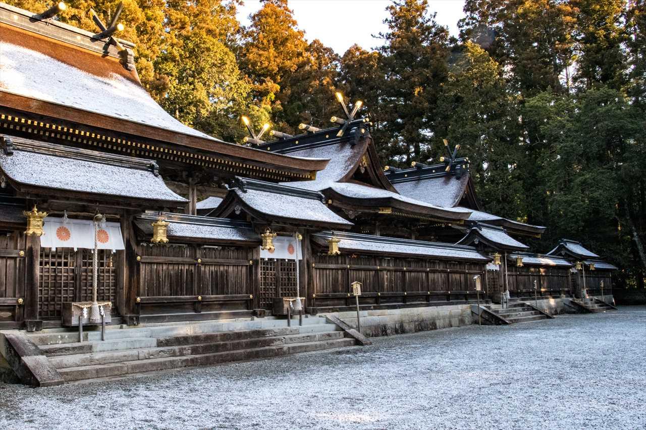雪化粧した熊野本宮大社